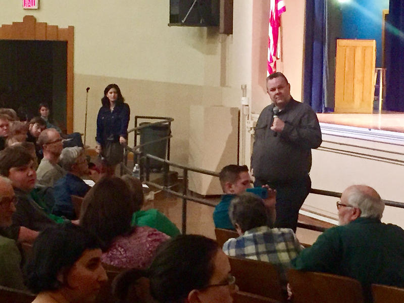 Sen. Tester hears constituent concerns at Helena town hall, March 17, 2017.