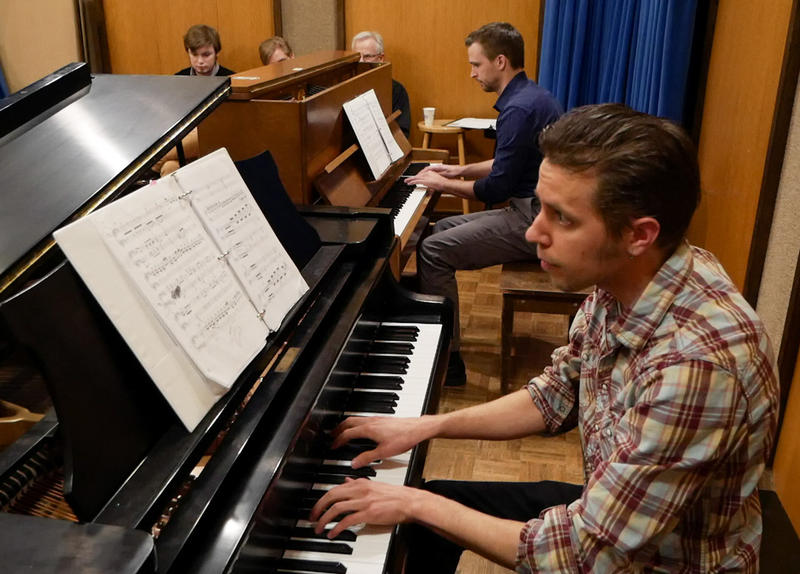 Paul Nonnenmacher (at the far piano) plays his arrangement of Franz Liszt's La Campanella, along with Scott Koljonen, live on Montana Public Radio March 08, 2017.