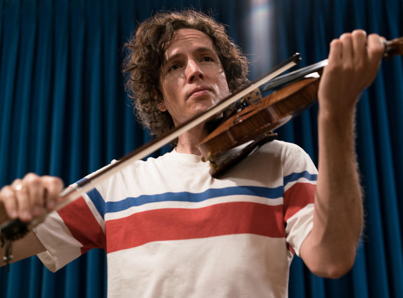 Tim Fain plays violin at Montana Public Radio, August 6, 2018.