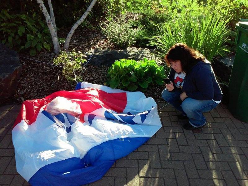 Cathy Podeszwa interviews a balloon