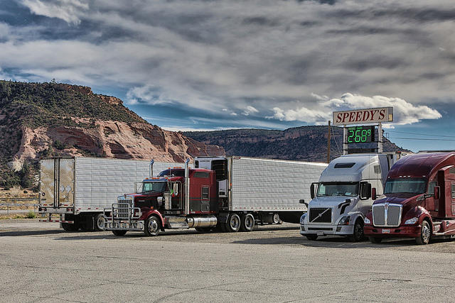 Colorado State University researchers are engineering natural gas engines for big trucks.