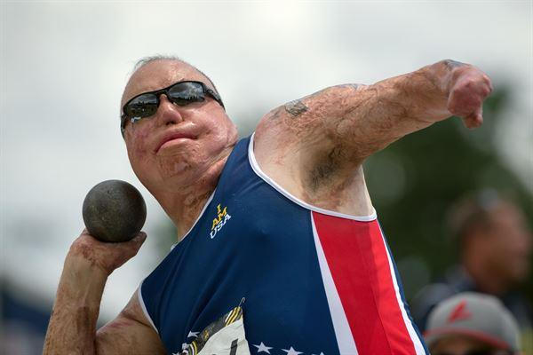 Master Sgt. Israel Del Toro wins a gold for shot put during the 2016 Invictus Games in Orlando, Fla.