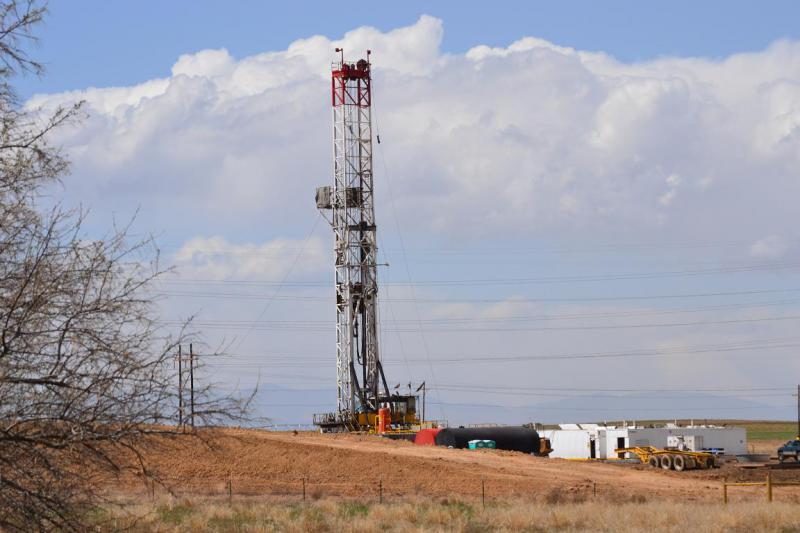 A drilling rig in Northern Colorado.