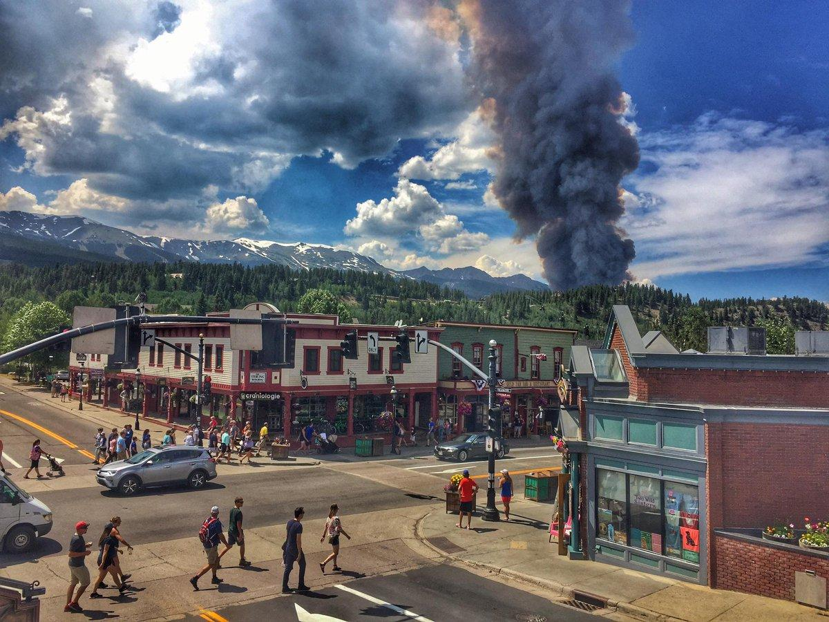Air Tankers Drop Fire Retardant on Fire Near Breckenridge
