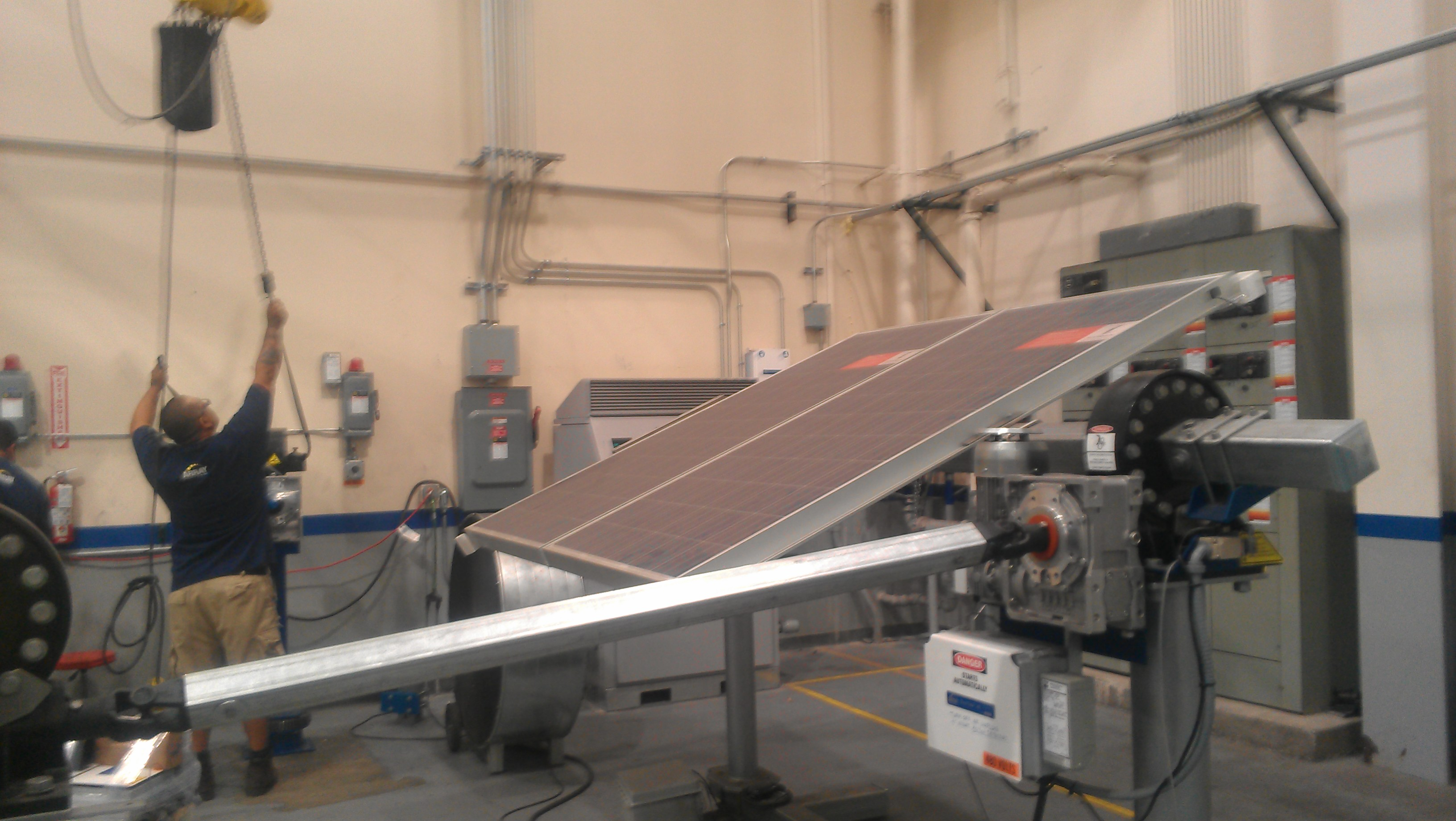 Despite Challenges Solar Industry Thrives In New Mexico Kunm