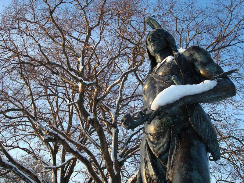 Massasoit statue