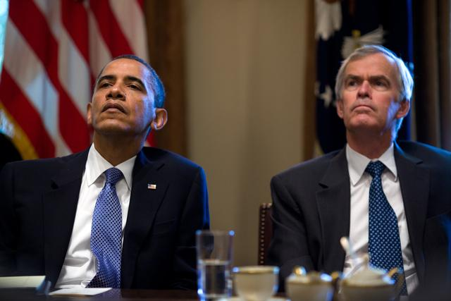 U.S. President Obama and New Mexico Senator Jeff Bingaman.