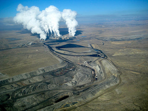 San Juan Generating Station and San Juan Mine, Photo by San Juan Citizens Alliance/EcoFlight