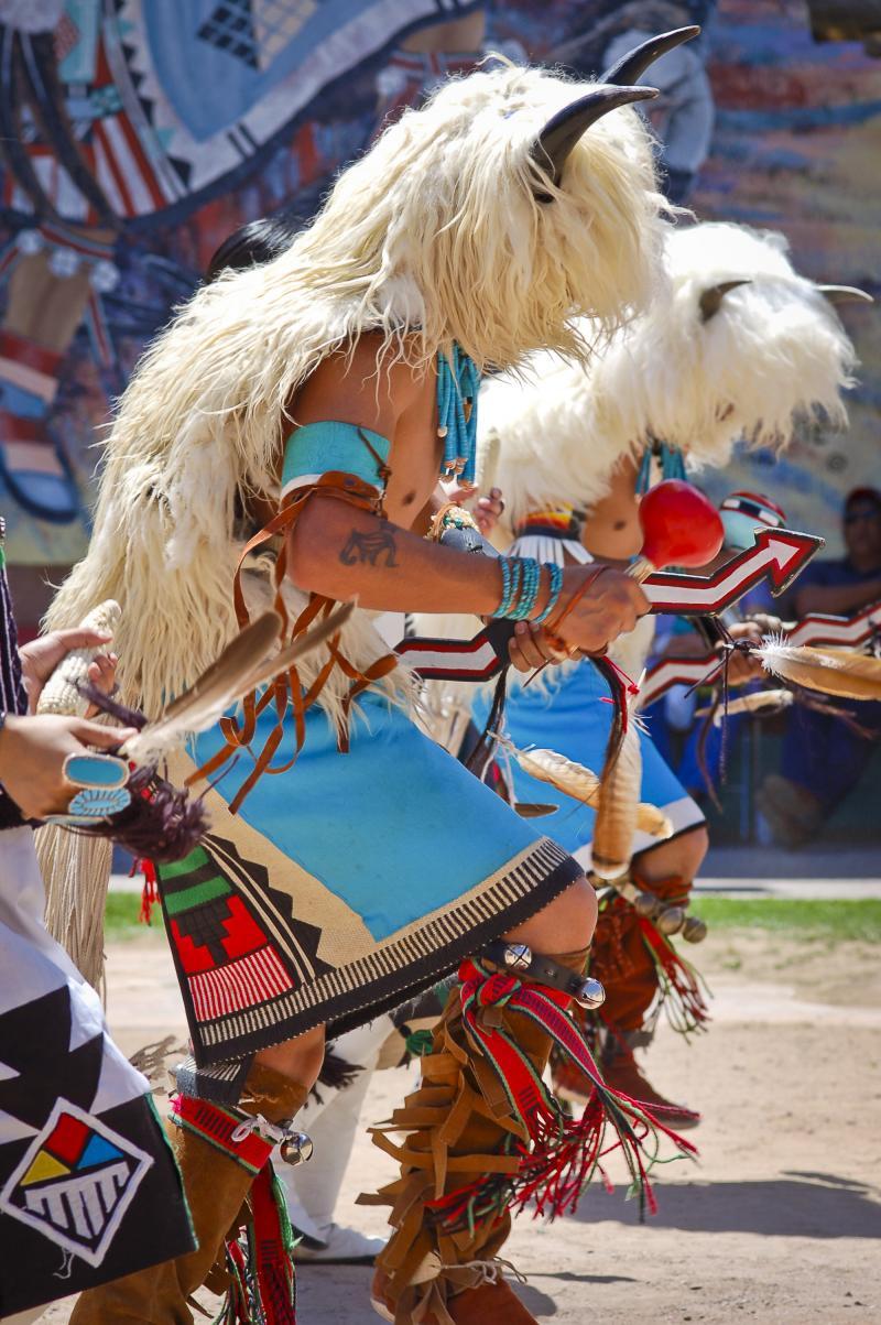 The Albuquerque American Indian Arts Festival Kunm