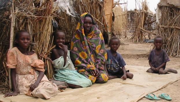 Children in Darfur 2005