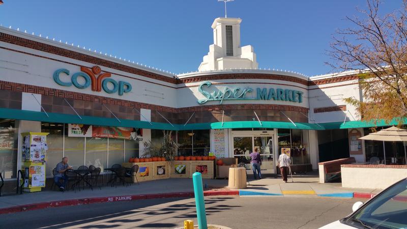La Montanita Co-op's Nob Hill storefront