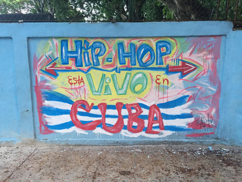 """Mural """"Hip hop está vivo en Cuba"""""""