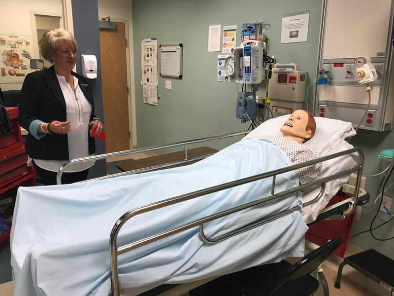 Lisa Knigge-Hunstman, campus director at PIMA Medical Institute in Albuquerque, explains how this simulation works.