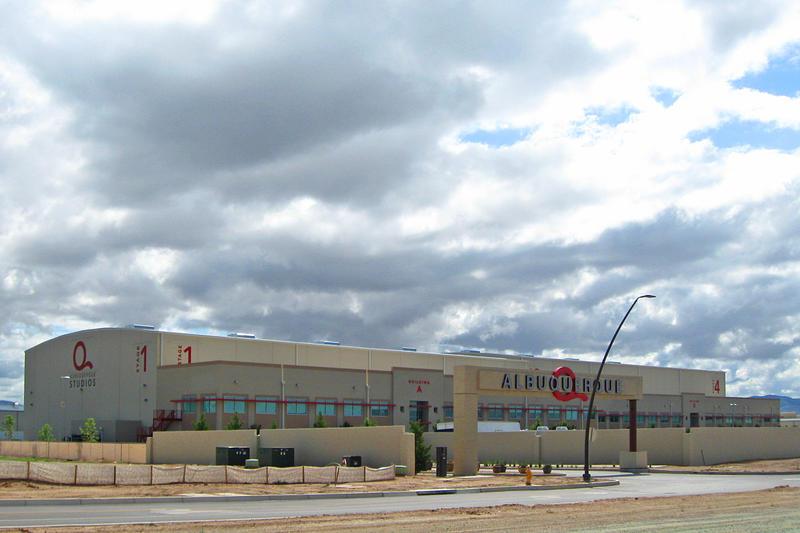 Netflix is negotiating the purchase of Albuquerque Studios