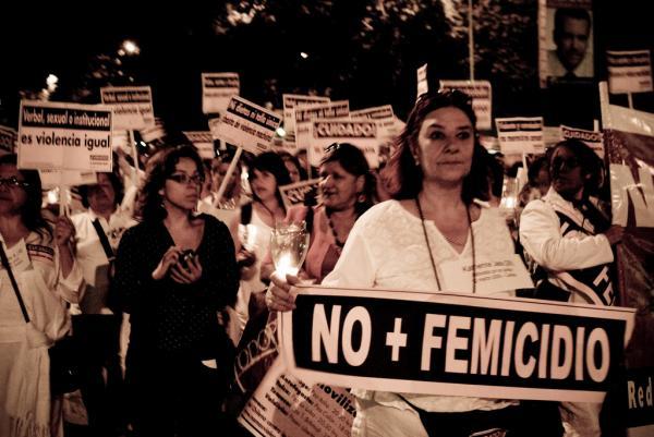 Manifestación contra la violencia de la mujer