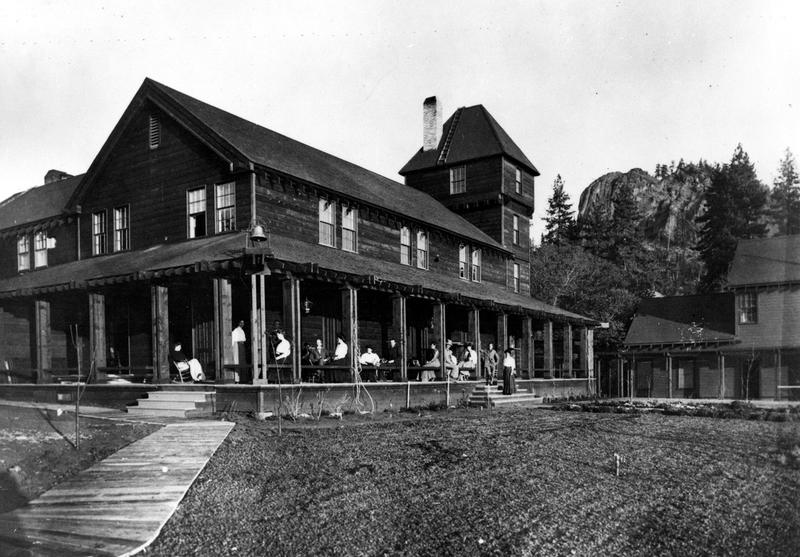 The Glenbrook Inn was run by the Bliss family for nearly 70 years.