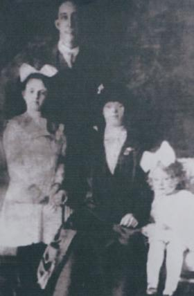 Fred, Winifred, Jane, and Phyllis Quick
