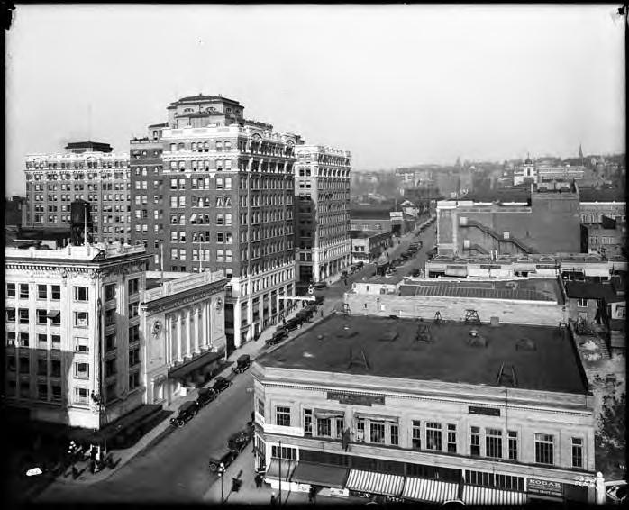 UW's metropolitan tract, circa 1918. This photo looks east along University Street from Third Street. The Cobb Building, tallest in the picture, still exists.