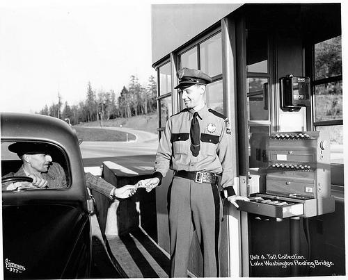 Tolling booth on the Mercer Island Bridge in 1940