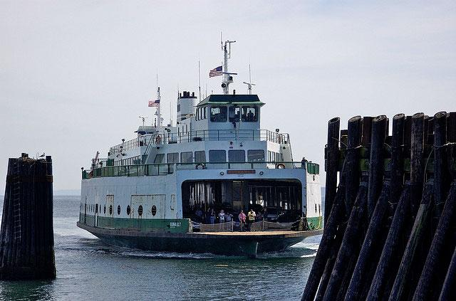Washington state has the largest passenger and automobile ferry fleet in US.