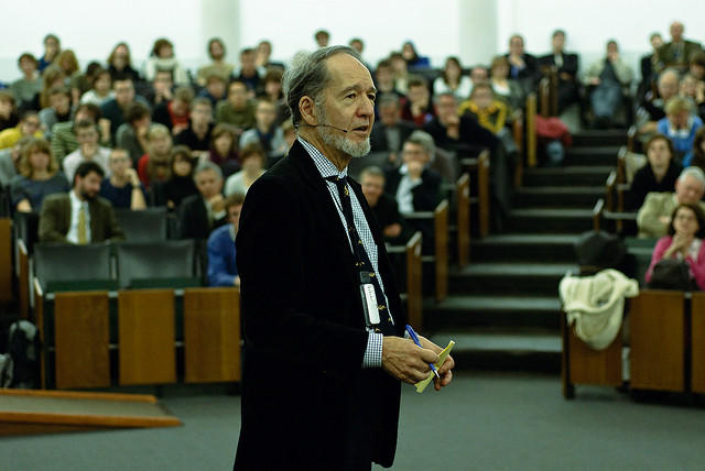 Professor Jared Diamond lecturing at Maria Theresia College, Belgium, November 2008.