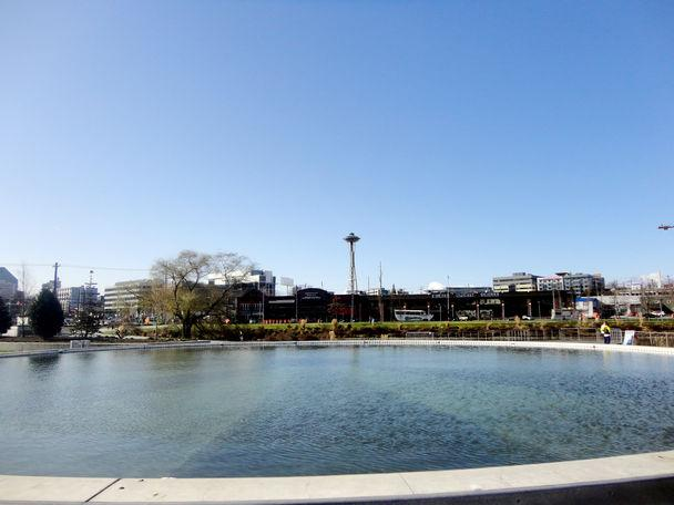 Current view of the Space Needle from Lake Union Park.