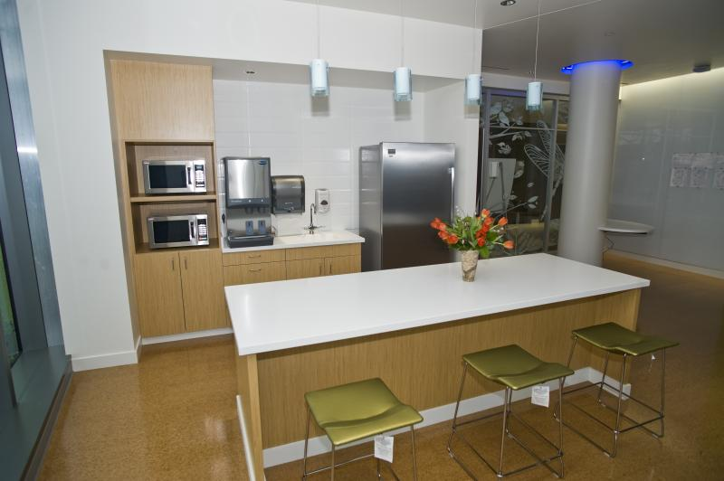 Kitchen in the patient lounge.