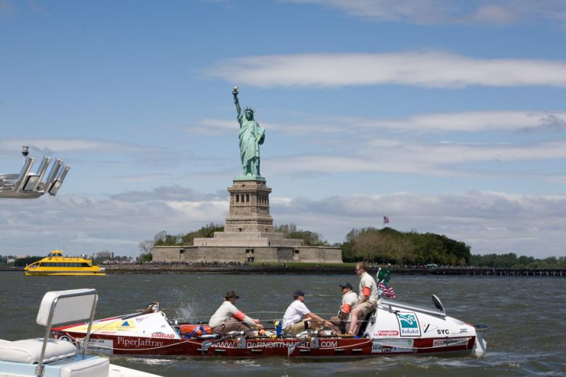 The crew leave New York harbor, racing from the onset.