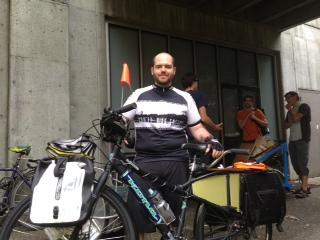 Jesse Keating prepares for the Seattle Disaster Relief Trial with his cargo bike.