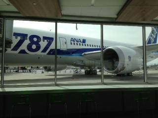 A Boeing 787, viewed from the cafeteria of the Everett Delivery Center