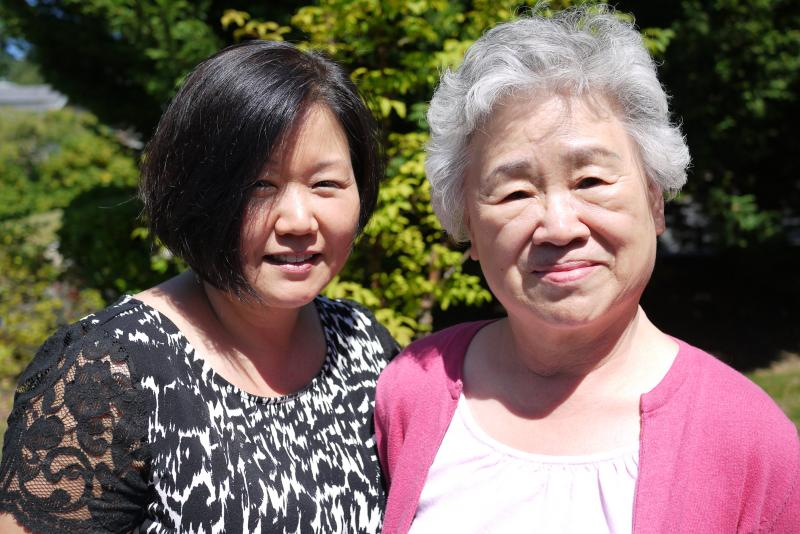 Kenneth Bae's sister, Terri Chung (left), and his mother, Myunghee Bae.