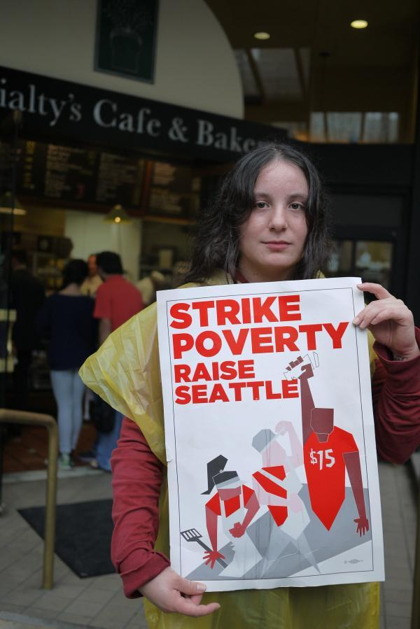 On August 29, fast-food workers in Seattle held a stirke in support of increasing the minimum wage.