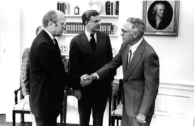 Tom Foley, center, with President Gerald Ford in 1975.