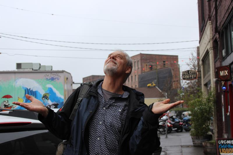 Washington State's climatologist Nick Bond guages the weekend weather from Georgetown