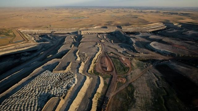 An arial view of a coal mine on public land near Gillette, Wyoming. A new report finds flaws in the system for doling out leases for such mines.