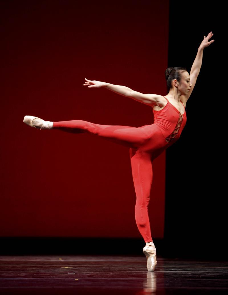 """Kaori Nakamura in Ulysses Dove's """"Red Angels"""""""
