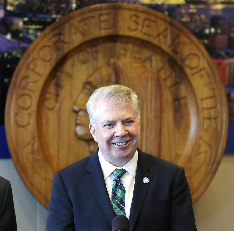 Mayor Ed Murray announced a proposal to increase Seattle's minimum wage.