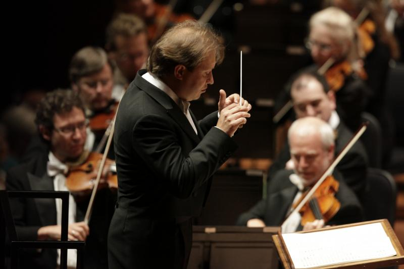 Ludovic Morlot conducts Seattle Symphony Orchestra