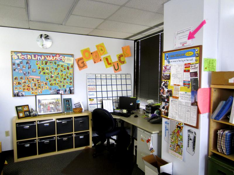 The bright offices of Teen Link provide a welcoming environment for volunteers.