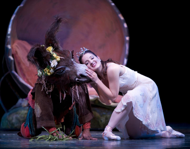 Carrie Imler in 'Midsummer Night's Dream' with Kiyon Gaines.