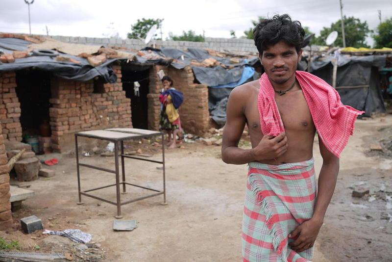 india two indias bricks migrant worker
