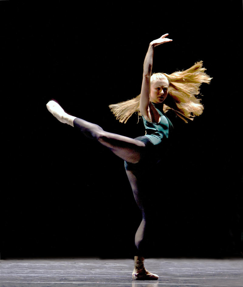 """PNB Principal Dancer Carla Korbes in William Forsythe's """"In The Middle, Somewhat Elevated"""""""