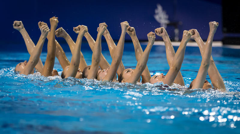 Synchronized swimming.