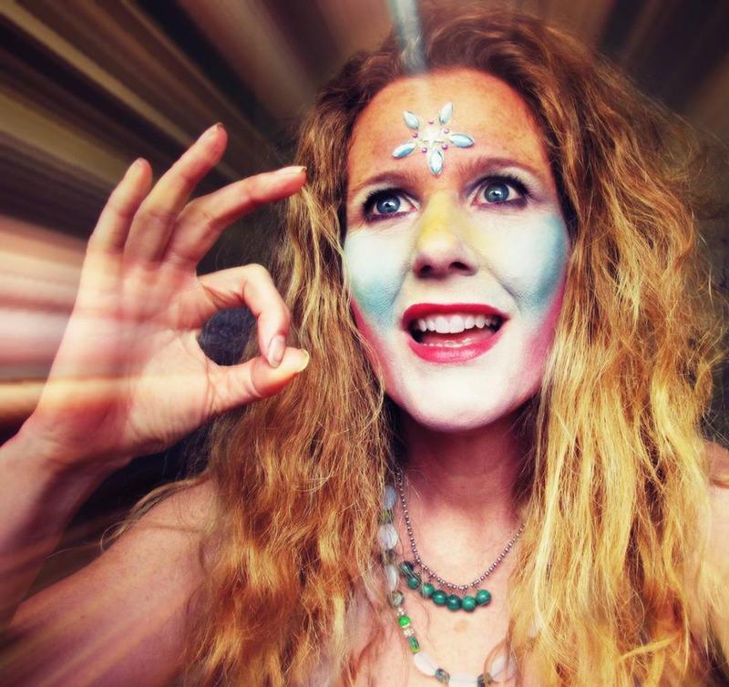 The Goddess Kring, aka Shannon Nicole Kringen, was a regular on Seattle public access TV.