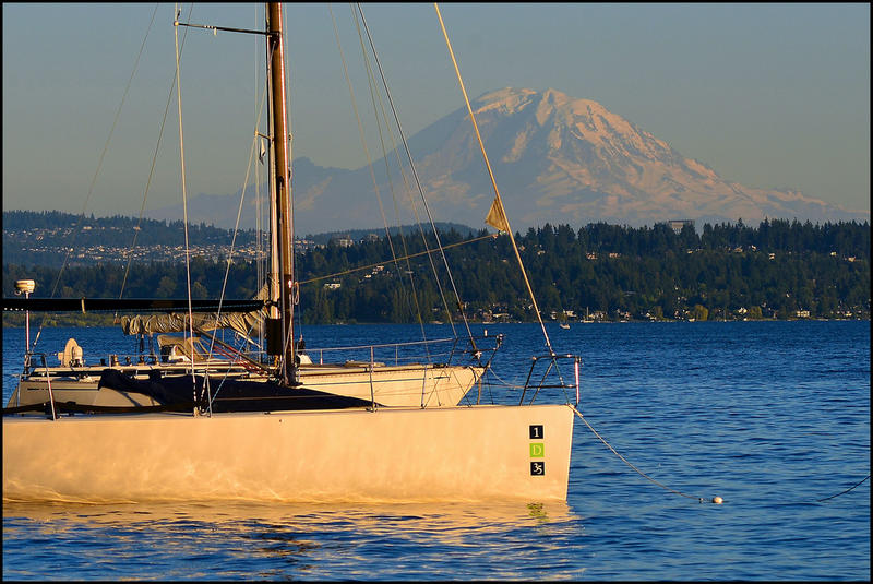 Lake Washington and Mount Rainier from O.O. Denny Park in Kirkland.
