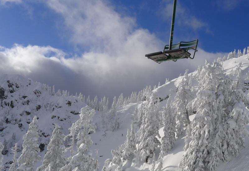 snow ski: Chairlift at Alpental, Snoqualmie Pass