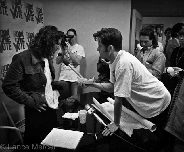 Marco Collins interviews Pearl Jam's Eddie Vedder.