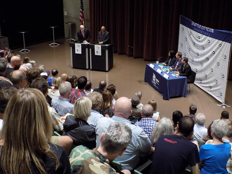 Audience view from 7th District debate
