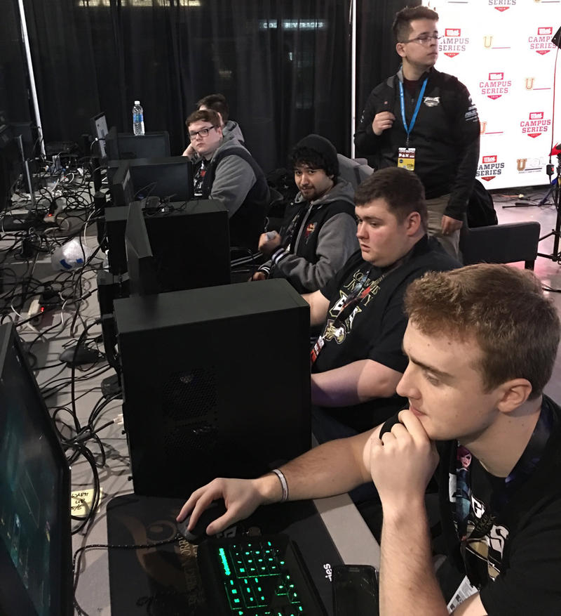 Derek Micheau (bottom) competes in e-sports. He received a scholarship from Robert Morris University for online gaming.