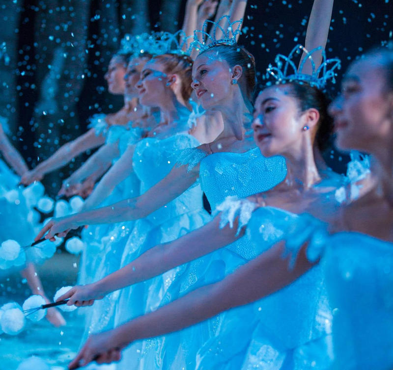 Pacific Northwest Ballet's corps de ballet dancers in George Balanchine's 'Nutcracker.'